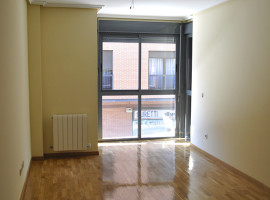 Rent an apartment in street Depósitos, Getafe